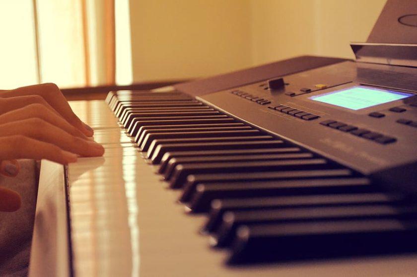 بهترین پیانو کیبورد برای مبتدیان